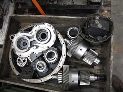 TWIN DISC MG-5205 DC (PARTS GEARBOX/VARIOUS)