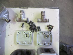 SCANIA DSI 14 (EXHAUST MANIFOLD - 2 SIDE BLOCK PARTS)